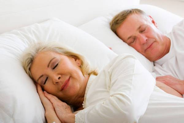 chế độ ngủ hợp lý là một trong những cách chữa huyết áp thấp