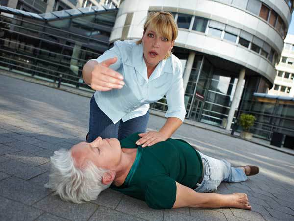 huyết áp thấp có thể gây ngất thường xuyên